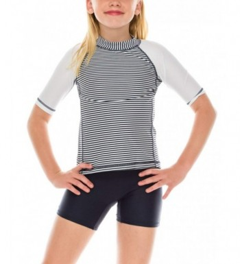 ToBeInStyle Sleeve Rashguard COMPLIMENTARY Shorts